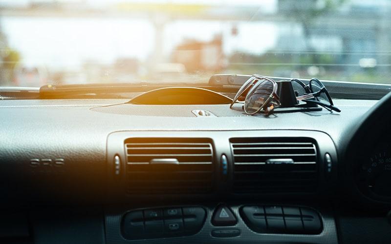 films solaires pour voiture